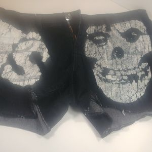 Iron Fist Misfits Shorts Size 7 32W x 13L